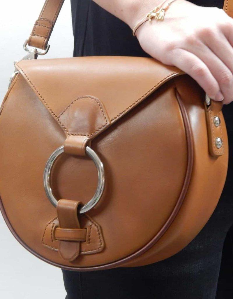 un sac en cuire