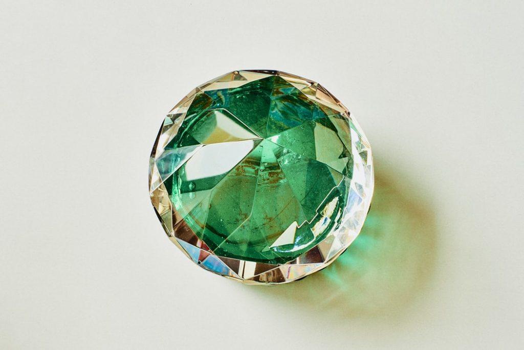 différentes couleurs de diaamants